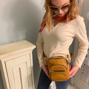 Handbags - Belt / cross body purse